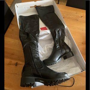 BNIB Knee-high pleather boots